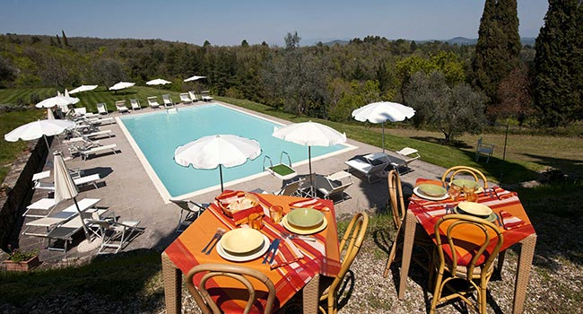 hotel con piscina in toscana ad arezzo